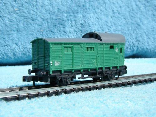 Arnold n gauge train sets