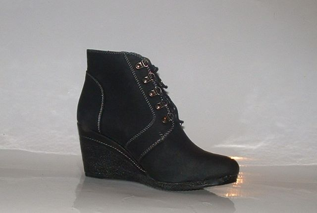 boots size 6 new black wedge boots must see stunning