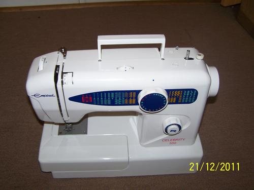 Sewing Machines in Tableview | Gumtree Classifieds South ...
