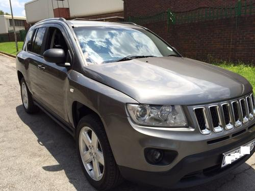 2013 jeep compass 2 0l ltd manual 3300kms books accessories. Cars Review. Best American Auto & Cars Review