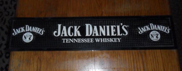 bar accessories jack daniels rubber counter bar mat for sale in cape town id 194394388. Black Bedroom Furniture Sets. Home Design Ideas