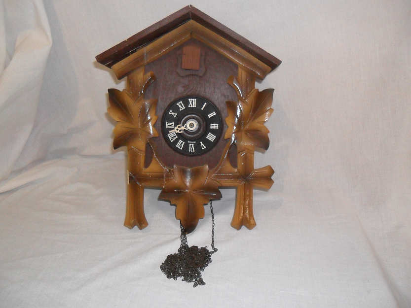 Cuckoo Amp Wall Clocks Damaged Cuckoo Clock E